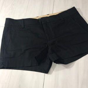 Vince black flat front shorts size 4